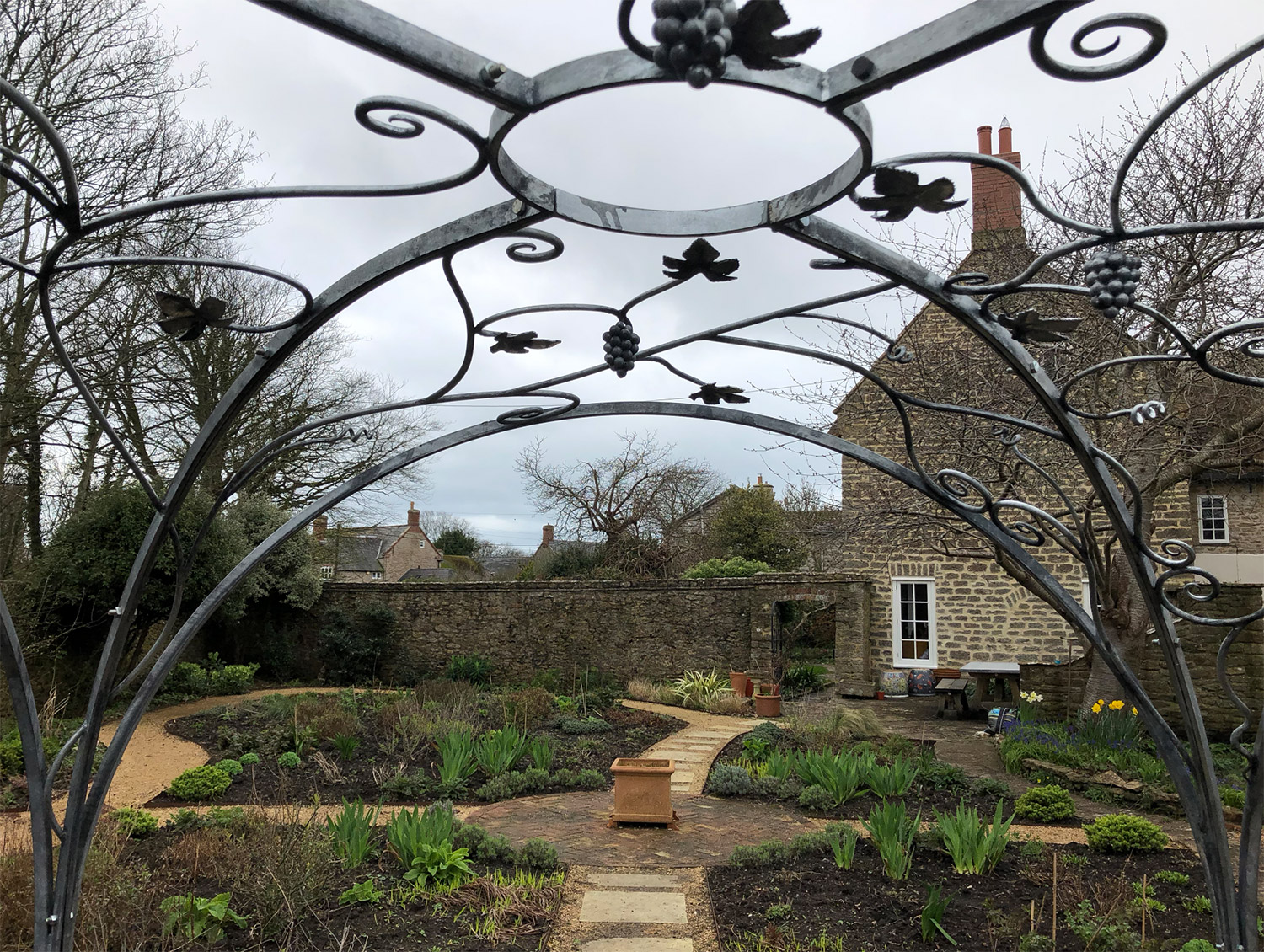Forged Galvanised Grapevine Gazebo Simon Connett Blacksmith Devon