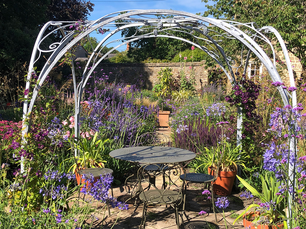 Garden Gazebo Sitting Area - Simon Connett Blacksmith